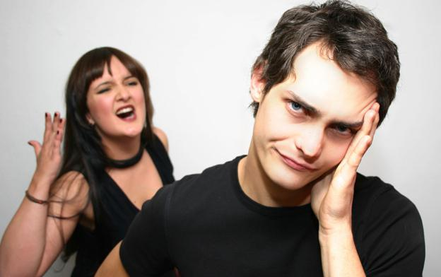 How to deal with her jealousy? Signs and causes of female jealousy