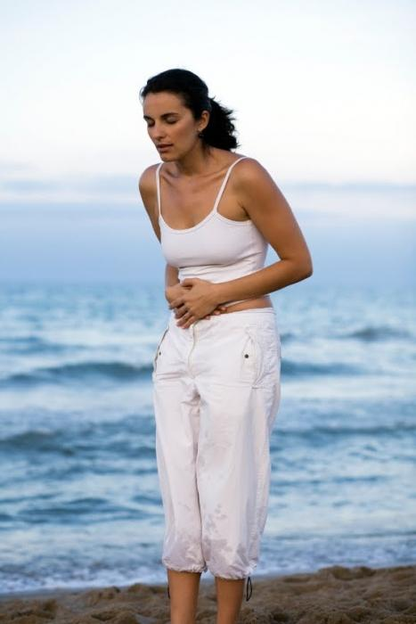 Why does the stomach ache, but there are no menstruation? Causes and consequences